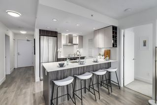 """Photo 7: 607 1788 COLUMBIA Street in Vancouver: False Creek Condo for sale in """"Epic At West"""" (Vancouver West)  : MLS®# R2519322"""