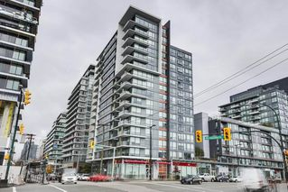 "Main Photo: 607 1788 COLUMBIA Street in Vancouver: False Creek Condo for sale in ""Epic At West"" (Vancouver West)  : MLS®# R2519322"