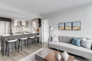 """Photo 2: 607 1788 COLUMBIA Street in Vancouver: False Creek Condo for sale in """"Epic At West"""" (Vancouver West)  : MLS®# R2519322"""